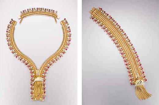 van-cleef-and-arpels-gold-necklace-2