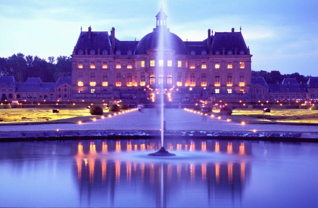 VAUX%20LE%20VICOMTE%20BY%20NIGHT%202