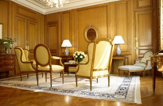Lounge-Historical-Suites-Hotel-de-Crillon